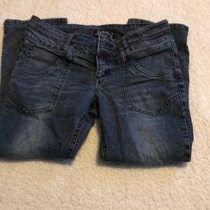Capris/ shirt jeans